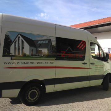 Beschriftung unserer Firmenbusse
